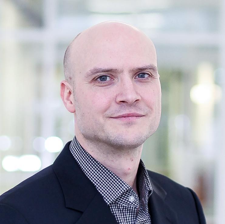 Dr. Lars Hemkens